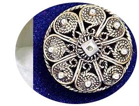Vest-Telemark og Øst-Telemark har handlaget Filigran sølv. Dette er en gammel håntverkstradisjon som stammer fra Damaskus.