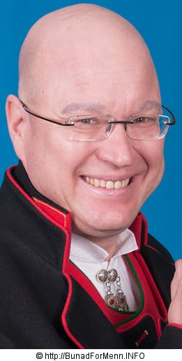 Henning Kumle er eier og daglig leder av Bunad For Menn