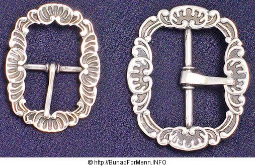 Nkkersen til mannsbunad fra Vestfold har sølvspenner på kneet. Alle ledd i produksjonen er nøye kontrollert og du får en bunad av beste kvaliet.